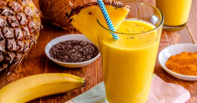 Pineapple and banana smoothie refreshing recipe at home